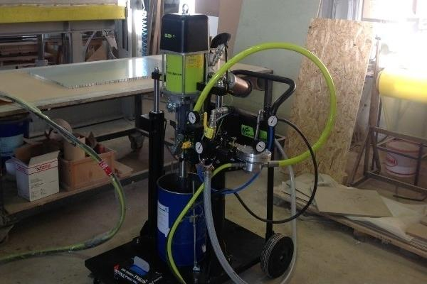 Chop check extrusion pump on trolley