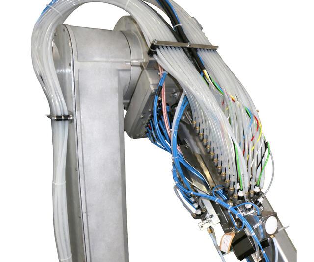 Upside CCV on robot