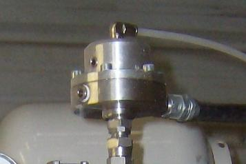 (3) PILOTED REGULATOR